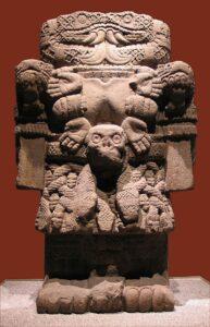 Escultura de la diosa Coatlicue