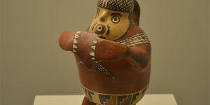 Vasija representando a un pescador nazca
