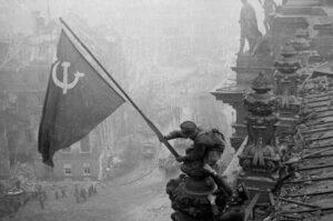 fotografía de la rendición de berlín