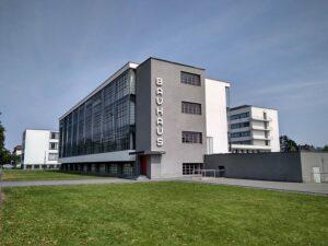 imagen de la Fachada de la sede de la escuela en Dessau